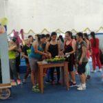 hawa-gym-special-class-zumba-happy-anniversary-cabang-saelus-potong-tumpeng