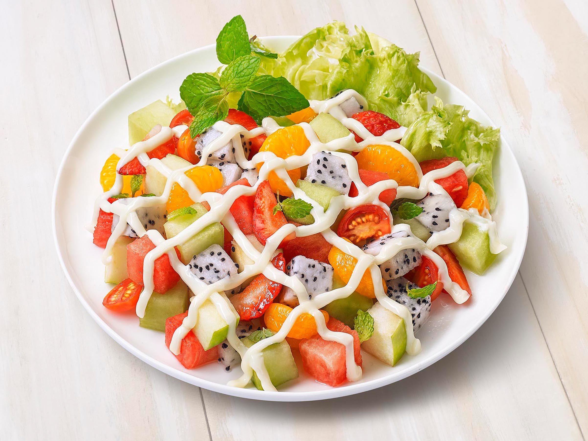 salad-sayur-dan-buah-hawagym-indonesia
