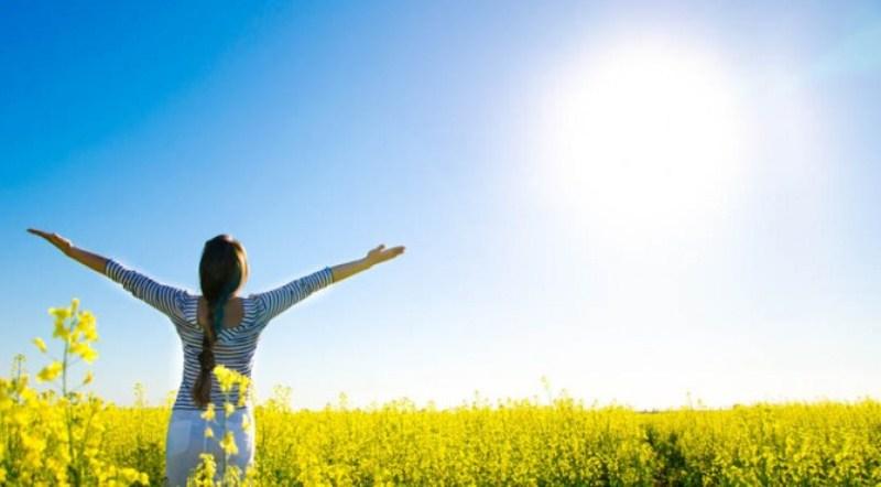vitamin-d-by-hawagym-indonesia-berjemur-dibawah-terik-matahari